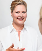 Eszter Jopp im Interview - FirstMed Services GmbH